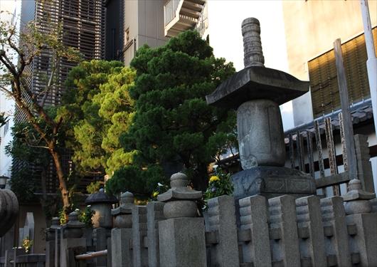 本能寺にある信長菩提