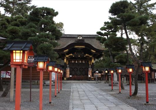 豊国神社参道