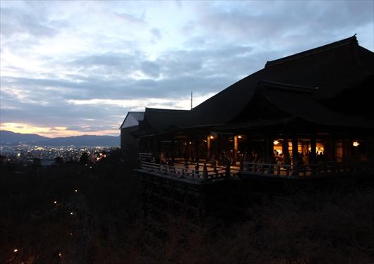 清水寺本堂夜