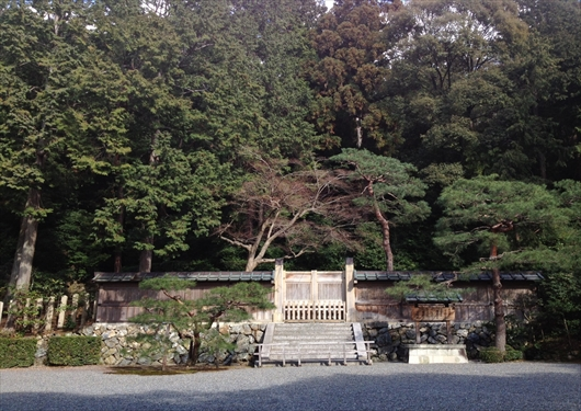 孝明天皇のお墓