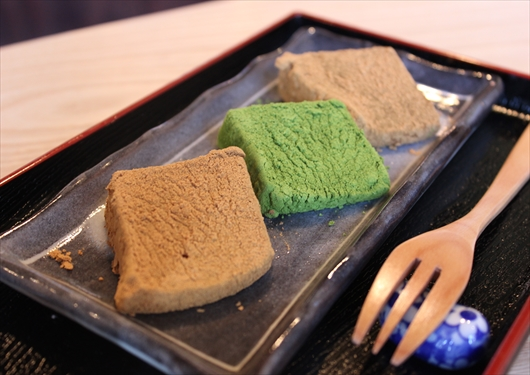 茶洛のわらび餅