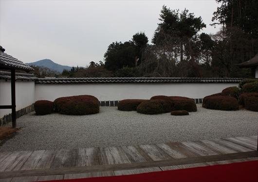 正伝寺借景庭園