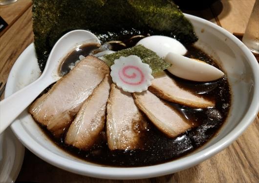 京都五行焦がし醤油麺