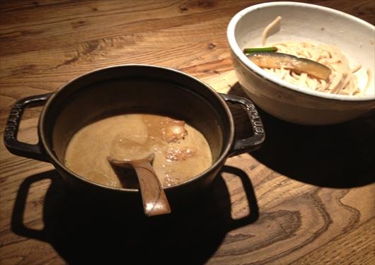和醸良麺すがりもつつけ麺