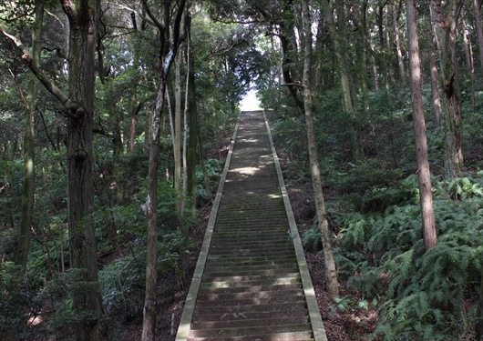 豊国廟階段