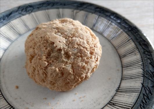 鳴海餅本店おはぎ(きな粉)