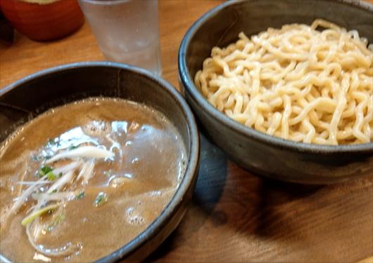 しゃかりき濃厚魚介つけ麺