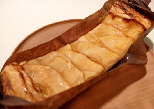 八百一パン屋のりんごデニッシュ
