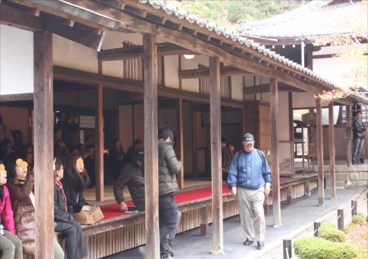 圓光寺の庭園前