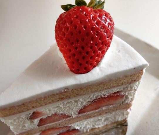 メゾンドフルージュ苺のショートケーキ