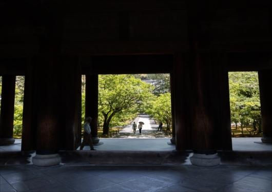 南禅寺三門下