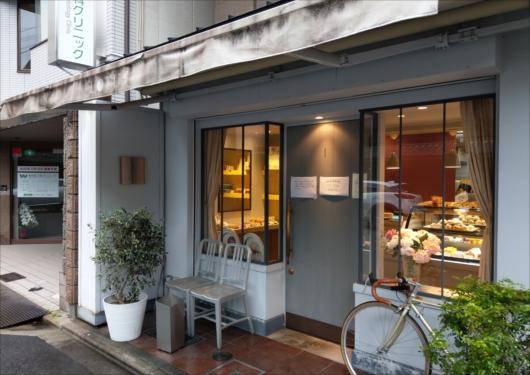 ロトス洋菓子店入口