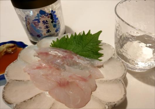 八百一本館鯛刺身と佐々木酒造