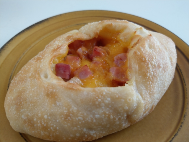 hanakagoチェダーチーズとベーコンパン