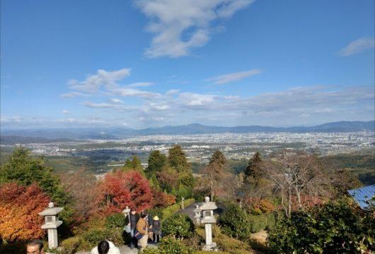 善峯寺薬師堂前の景色