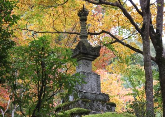 西明寺石塔