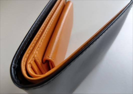 エッティンガー二つ折り財布