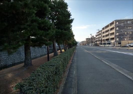 二条城北側竹町屋通