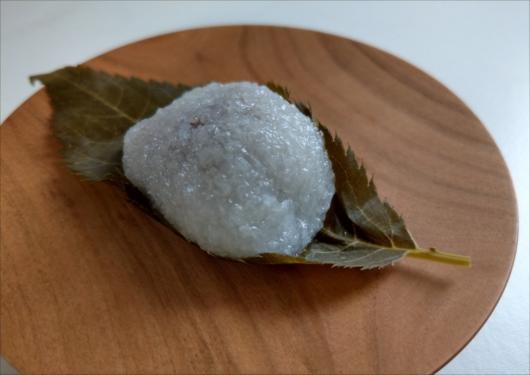 鶴屋寿桜餅